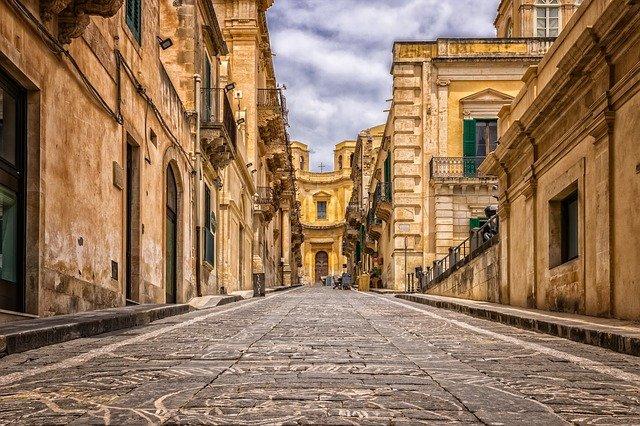 Odkryj piękno włoskiej architektury!